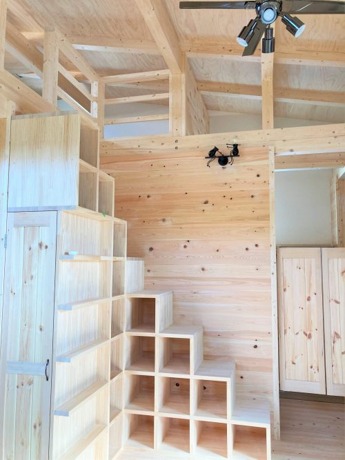 ロフト 階段収納 木の家 加古川 大工産 注文住宅 無垢 造作