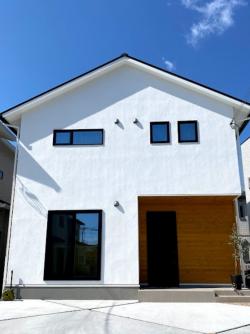 大工産 外観 漆喰 加古川 自然素材 木の家 姫路 神戸 施工事例