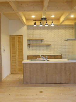 キッチン 施工 事例 大工産 注文住宅 リビング 木の家 無垢 加古川 姫路 明石